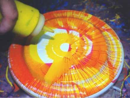 frisbee-spin-art