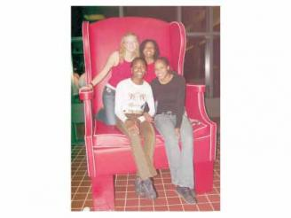 giant-chair-photos